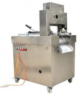 masina taiat carne congelata